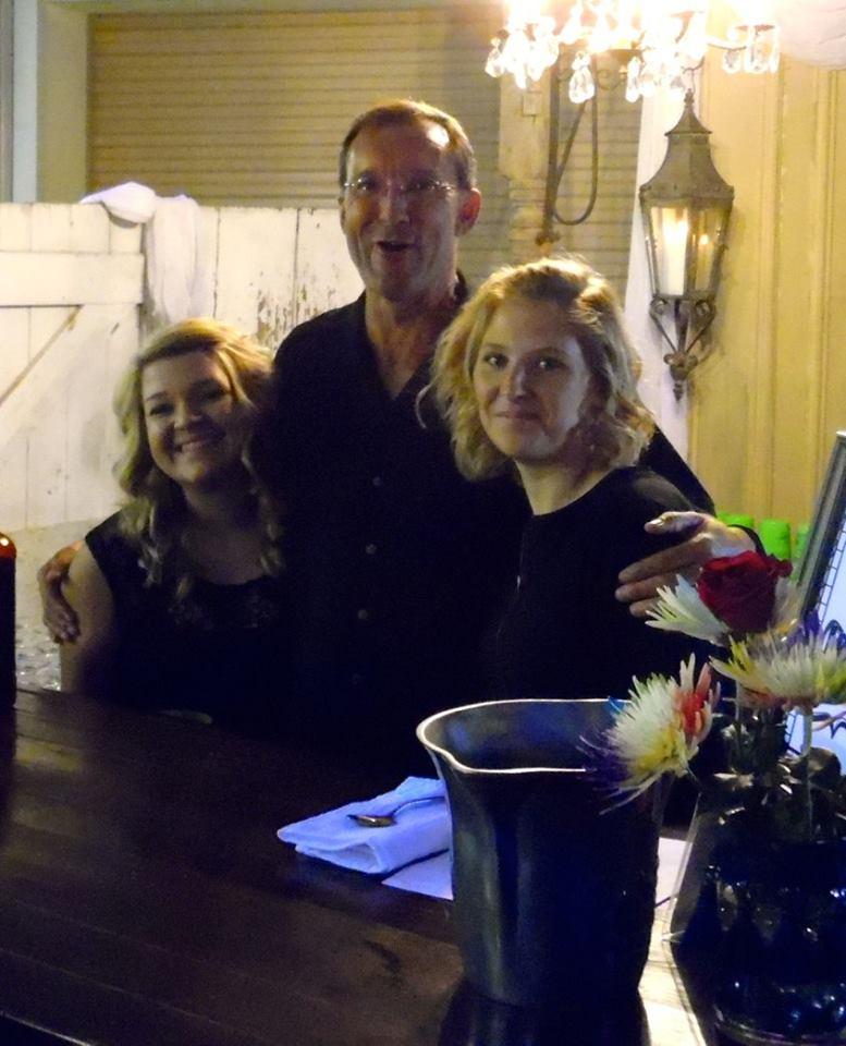 Bud-Girls-bartenders